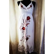 Siuvinėta medvilninė suknelė